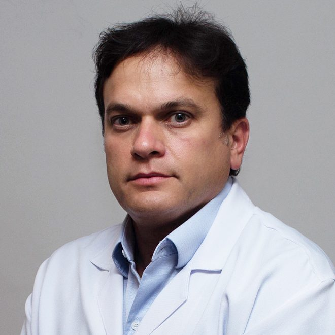 Dr. Adriano Gomes Barbosa